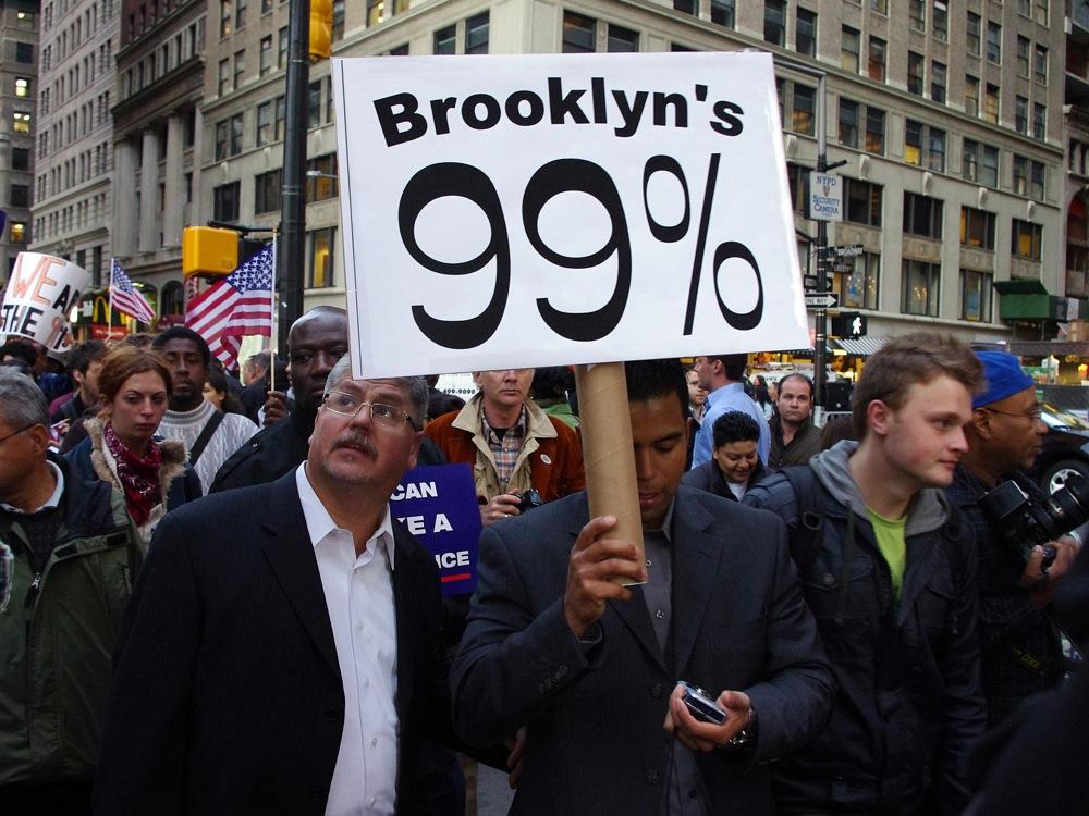 Protestujący pod Wall Street fot. David Shankbone (cc) wikimedia.org