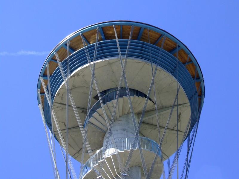 Wieża widokowa Kaszubskie Oko w Gniewinie, foto: www.gniewino.pl