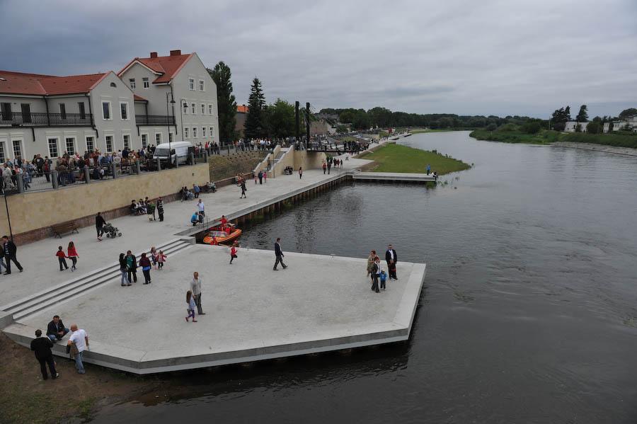 Nowe bulwary nad Wartą w Koninie; źródło: www.konin.pl