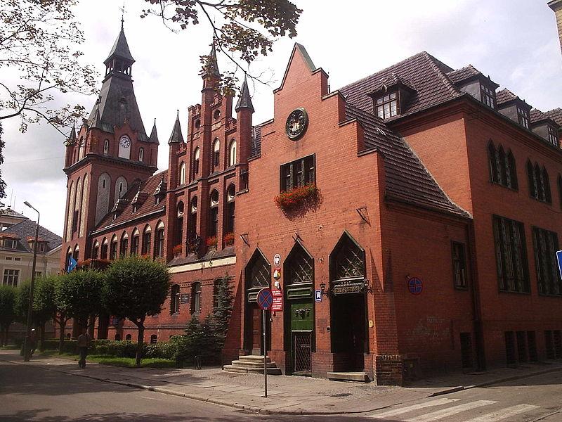 Urząd Miejski w Lęborku, fot, Jan Jerszyński, Wikimedia Commons / CC-BY-SA-2.5