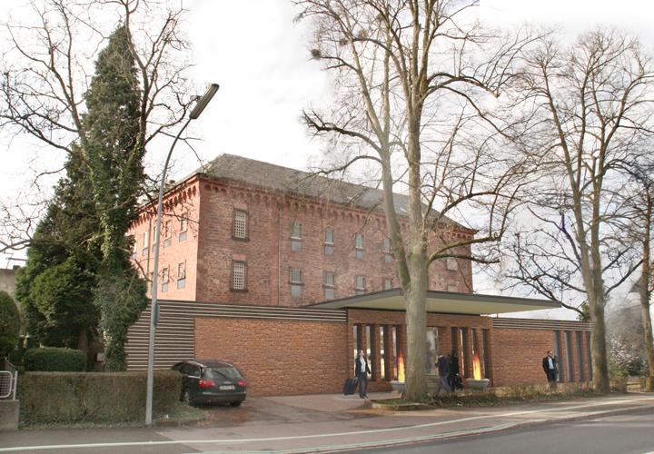 Projekt przebudowy więzienia na funkcje hotelowe, Offenburg, proj. Jürgen Grossmann, źródło: www.grossmann-architekten.com