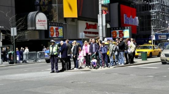 Times Square w Nowym Jorku kilka lat temu; kadr z prezentacji Janette Sadik-Khan podczas konferencji TED