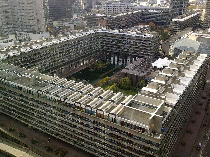 Barbican, Londyn, fot. Suttonpubcrawl , (CC BY 3.0)